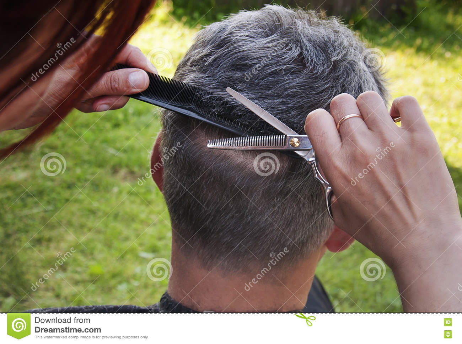 Arbete av frisören
