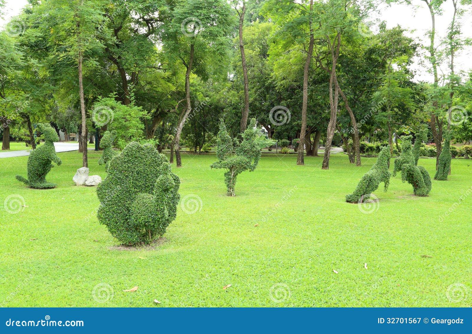 arbre animal de d coration image stock image du jardin 32701567. Black Bedroom Furniture Sets. Home Design Ideas