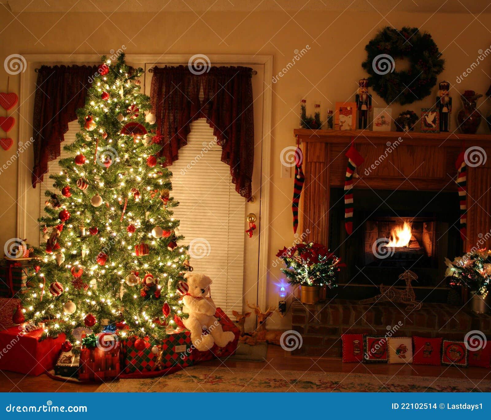 Arbre de Noël et place d incendie