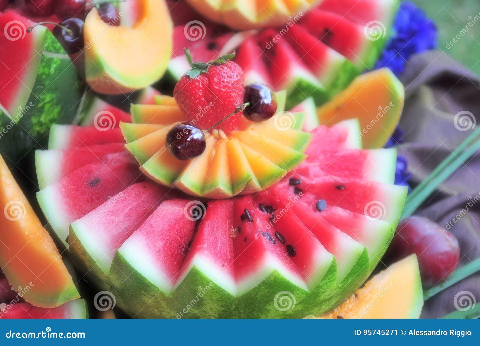 Arbuza I Owoc Dekoracja Obraz Stock Obraz Złożonej Z Wiśnia