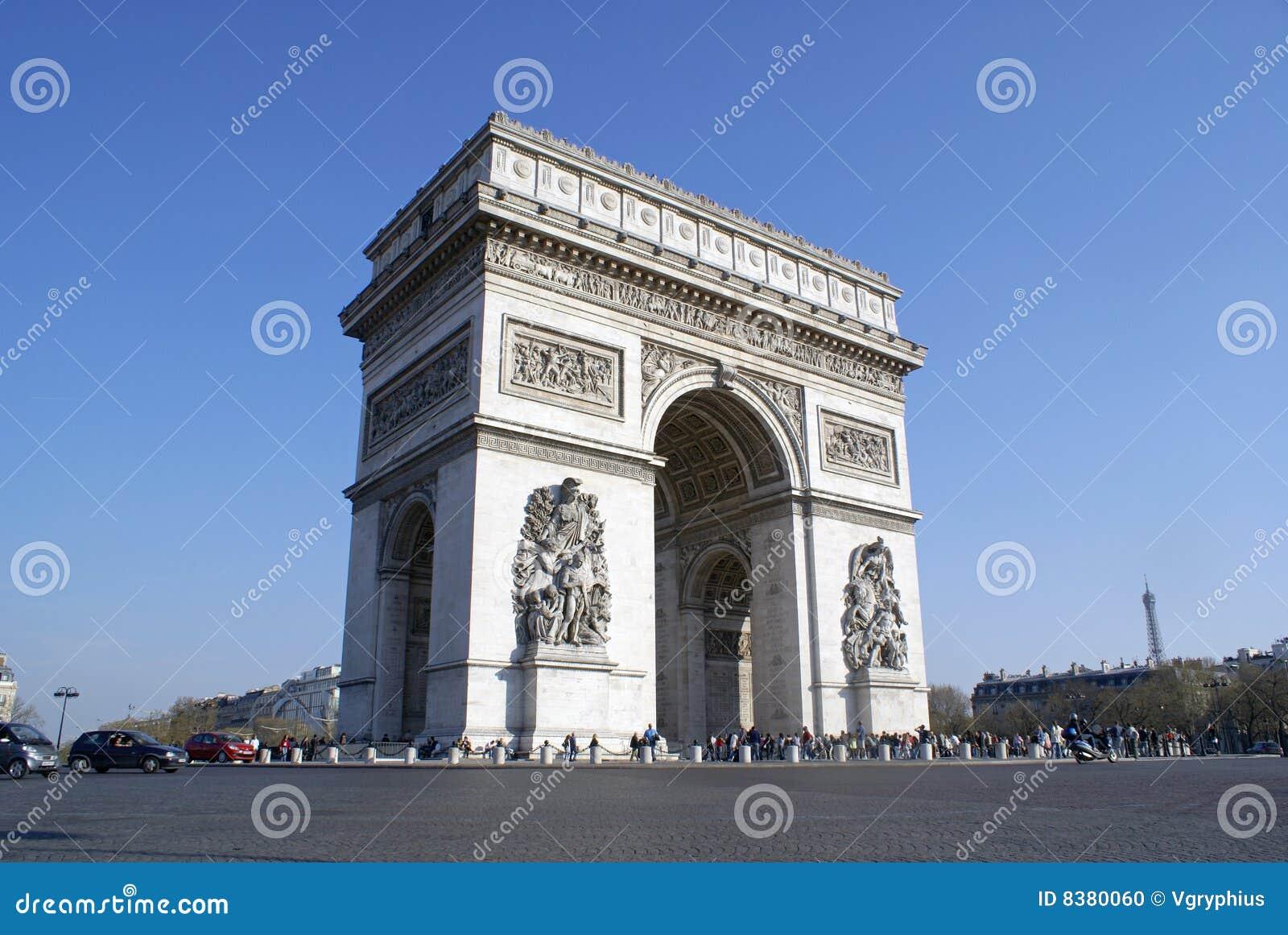 Arc de Triomphe, Paris, com torre Eiffel