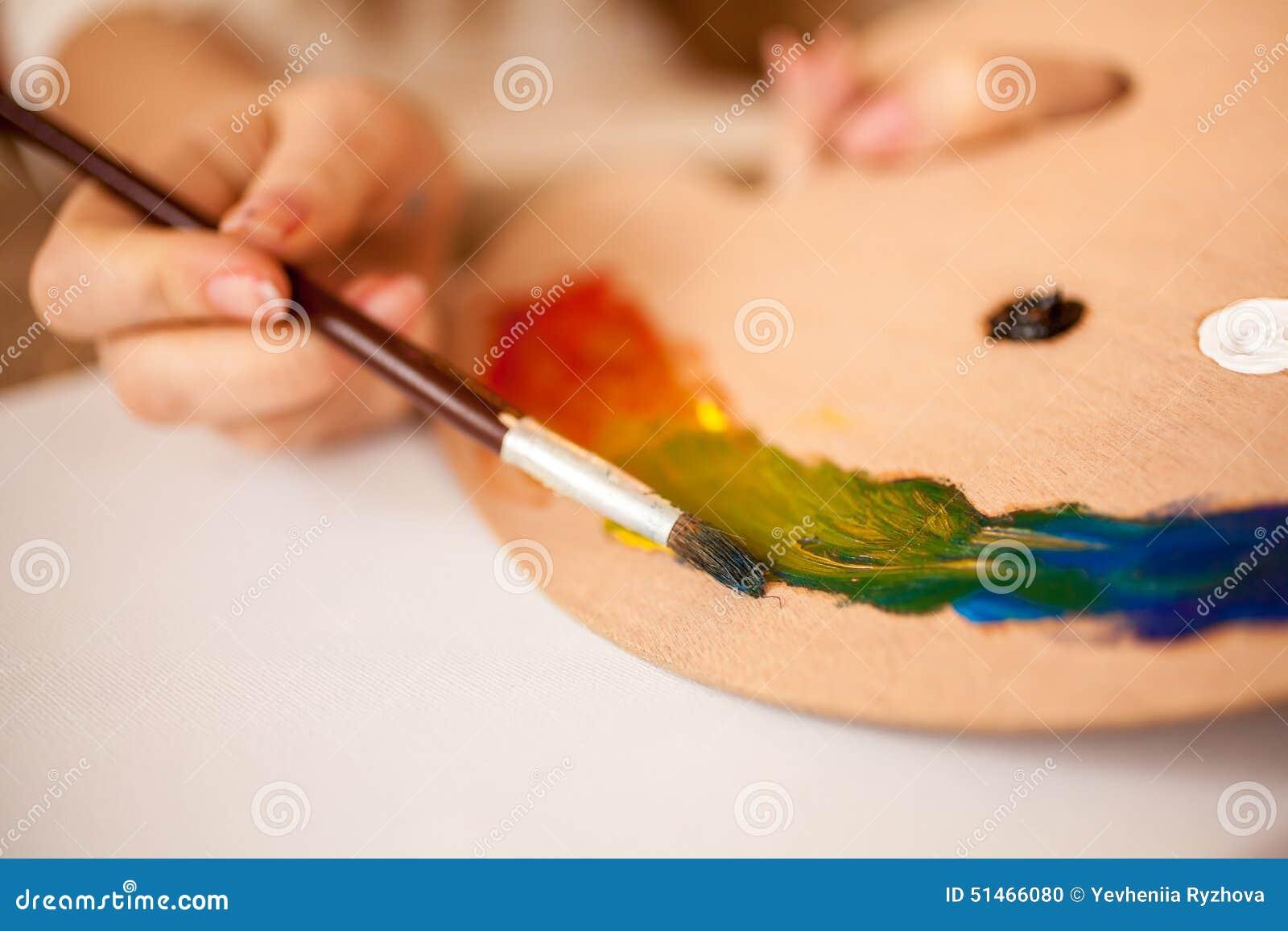 Arc En Ciel De Dessin D Enfant Par La Peinture à L Huile Sur