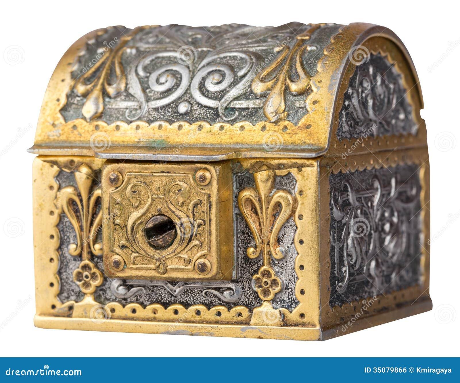 Arca do tesouro antiga isolada no branco