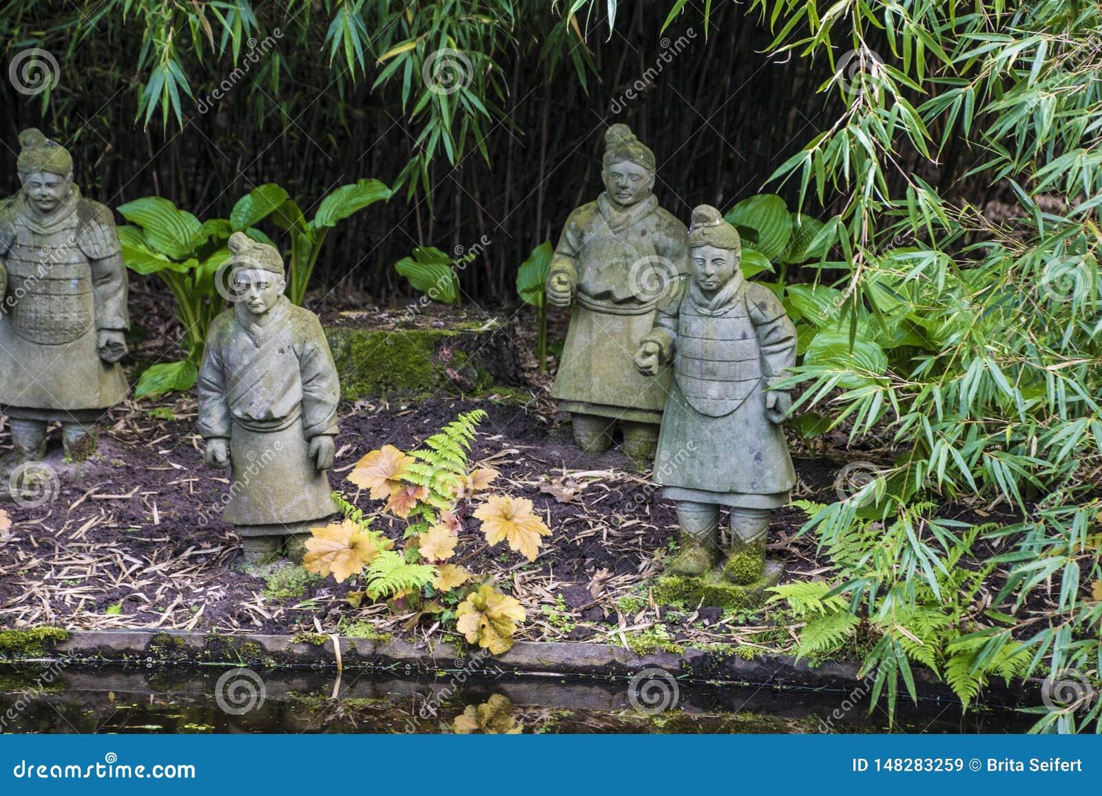 Arcen, Pays-Bas dedans le 20 mai 2019 : Guerriers chinois antiques d armée de terre cuite