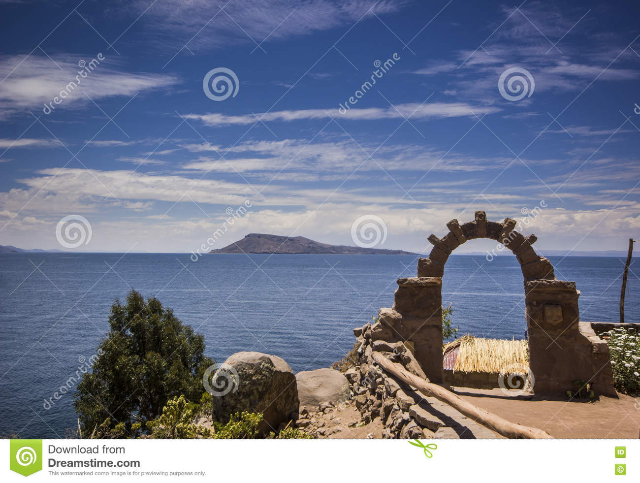 Download Arch Above Titicaca Lake In Peru Stock Image - Image of south, homestay: 71761699