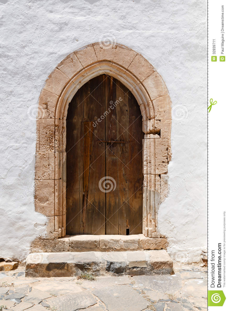 Arched door stock image image 32839711 for Door of stone