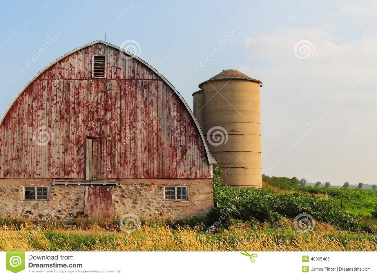 old red roof barn with old car stock photo image 45471776 arched roof barn royalty free stock photo