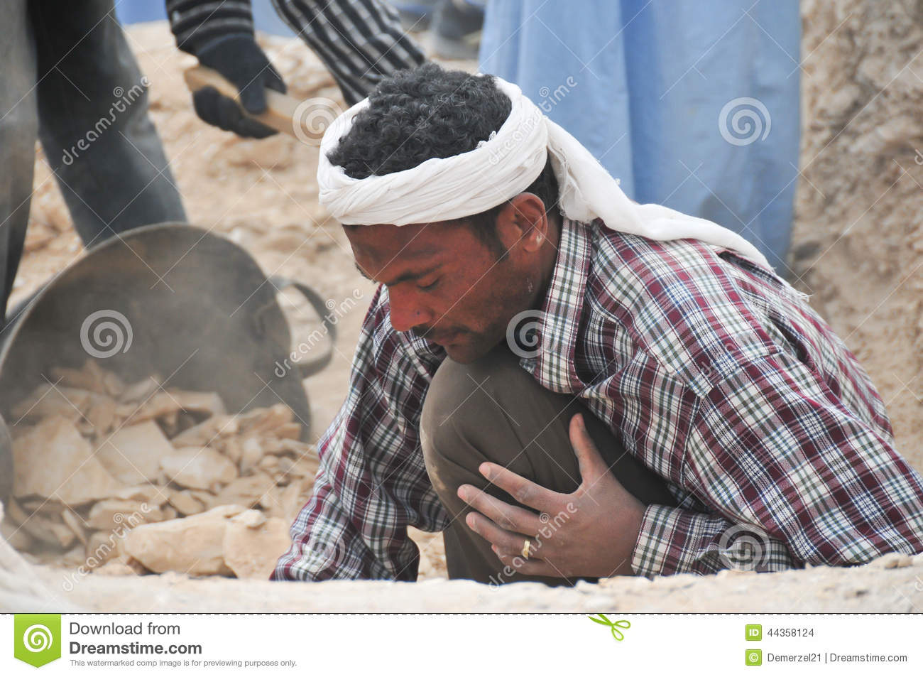 Download Archeological Dig, Valley Of The Kings, Egypt Editorial Stock Image - Image of archeologist, tourism: 44358124