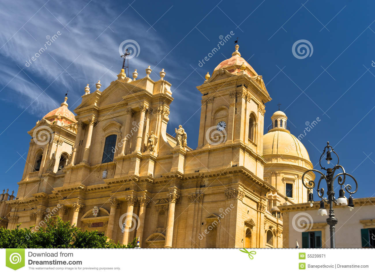 Architectural details of baroque cathedral in noto sicily for Baroque architecture in italy