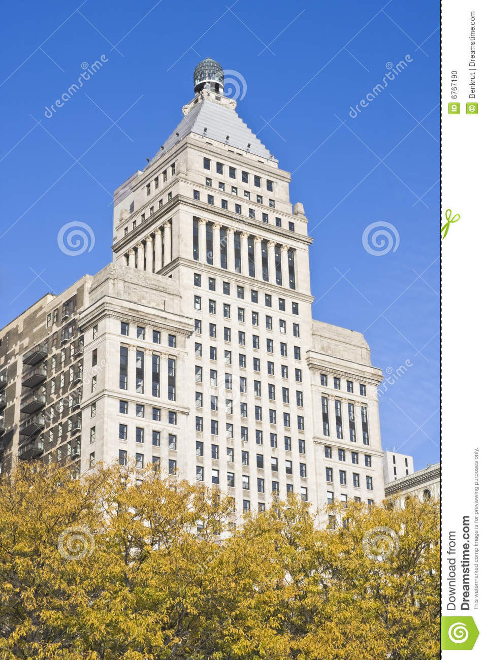 Architecture along michigan avenue stock photo image for Architecture firms in michigan
