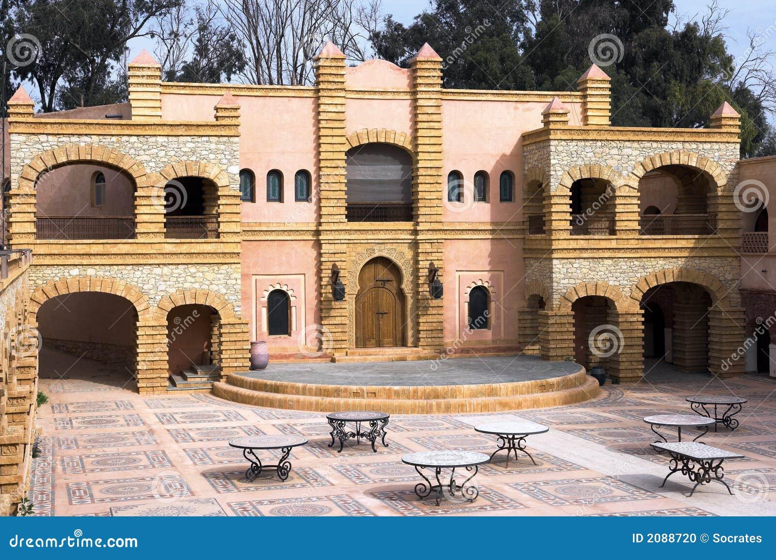 Architecture arabe maroc photo stock image du for Architecture arabe