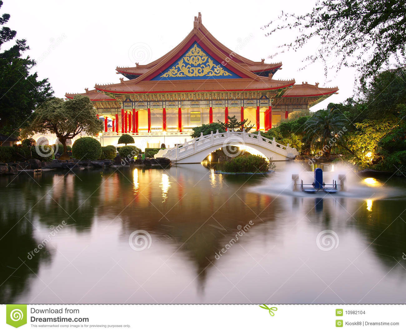Architecture chinoise classique images stock image 10982104 for Architecture chinoise
