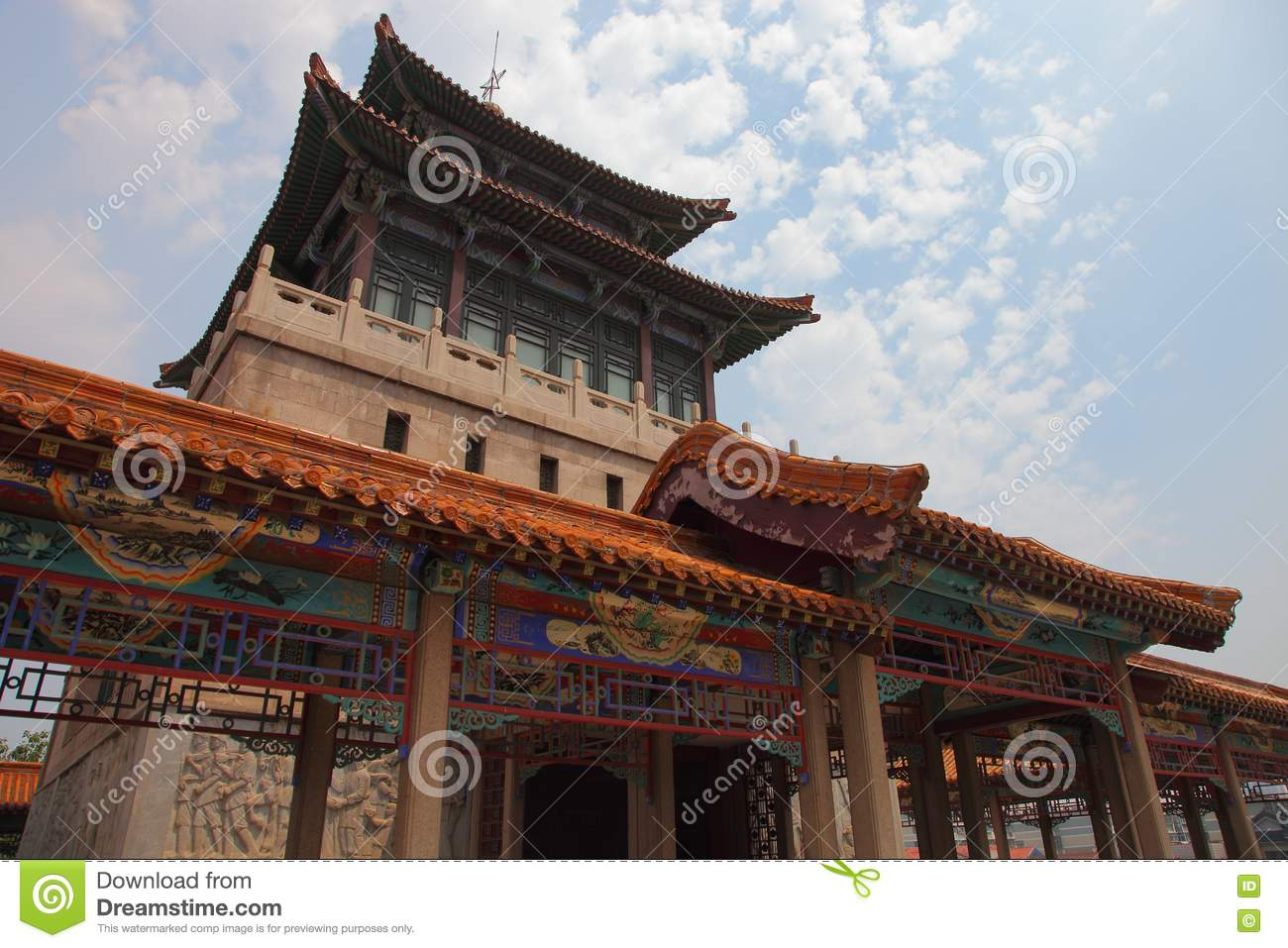 Architecture classique chinoise images stock image 18492844 for Architecture chinoise