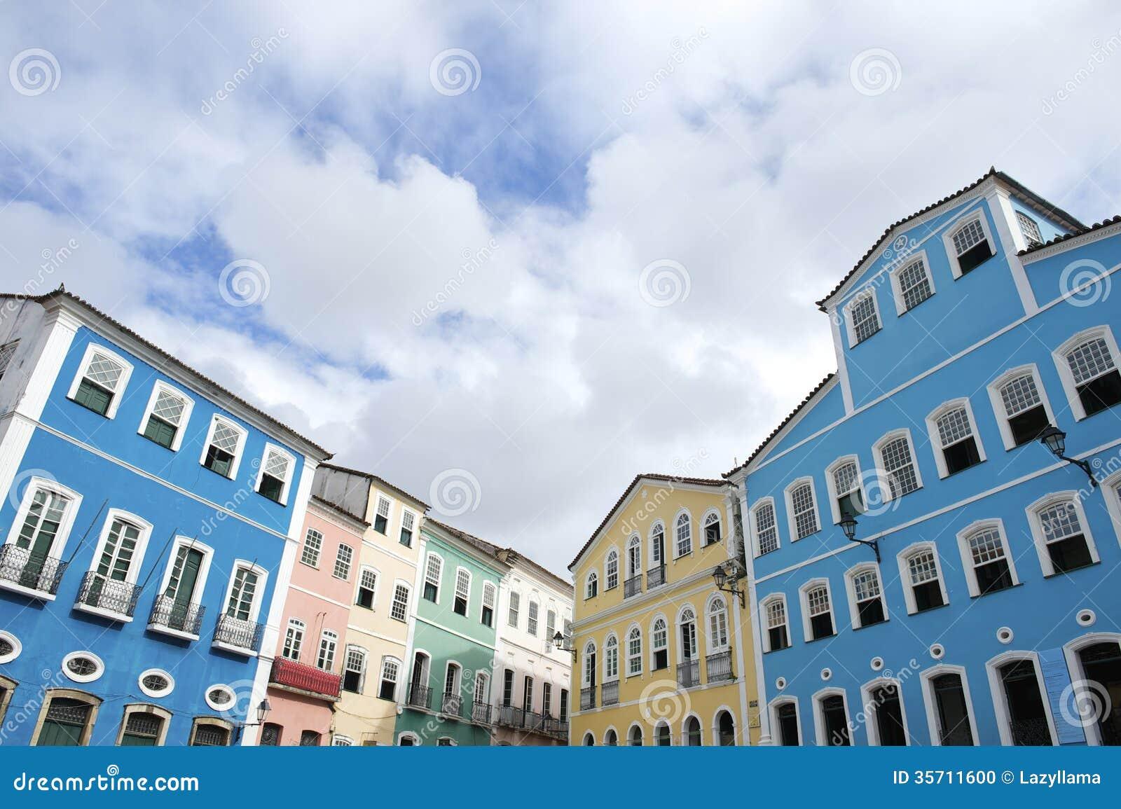 Architecture coloniale colorée Pelourinho Salvador Brazil