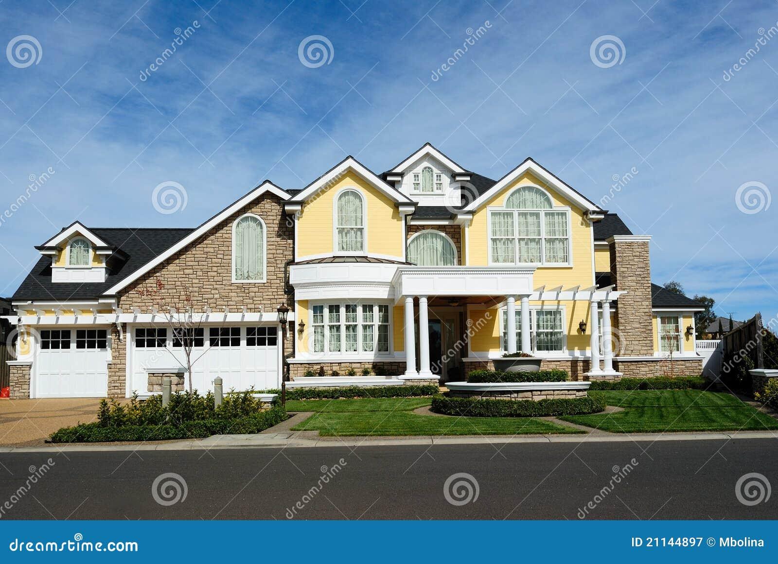 Architecture de luxe moderne de maison photographie stock libre de ...