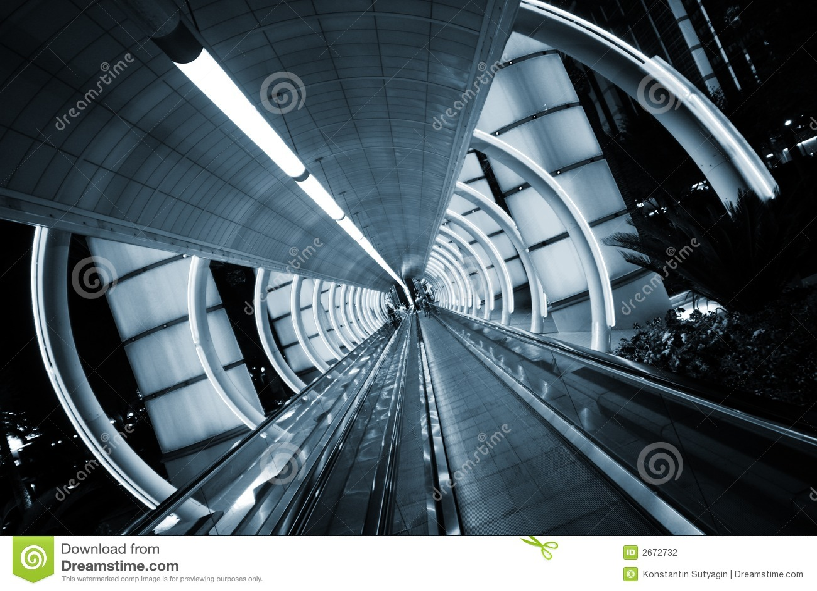 Architecture futuriste photo stock image du courbes for Architecture futuriste
