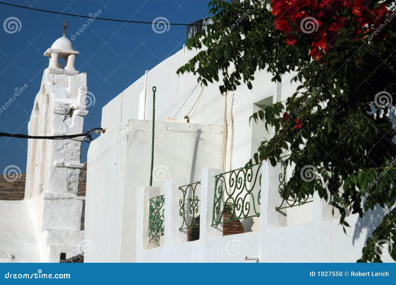 Architecture grecque avec des fleurs photo stock image for Architecture grecque