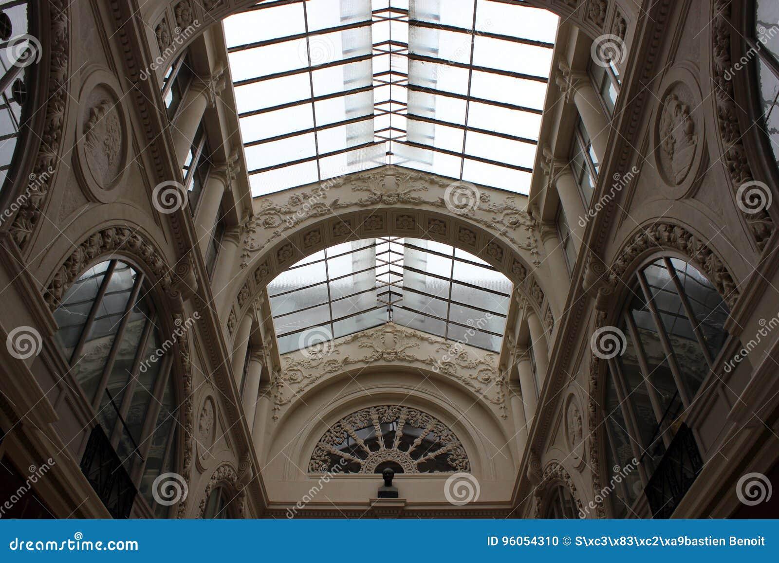 Architecture intérieure du passage Pommeraye