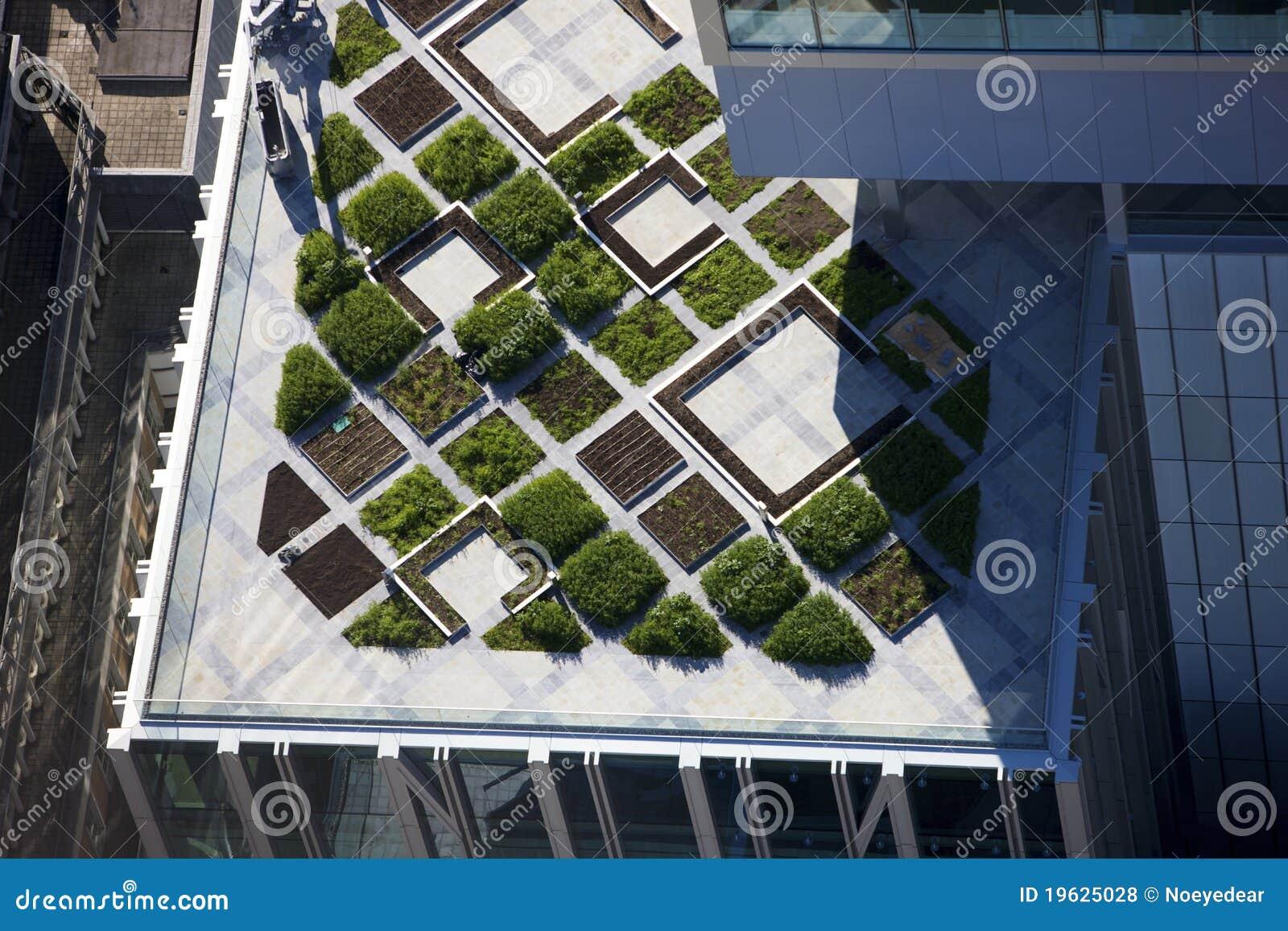 Architecture moderne de premier jardin de toit photos for Architecture jardin