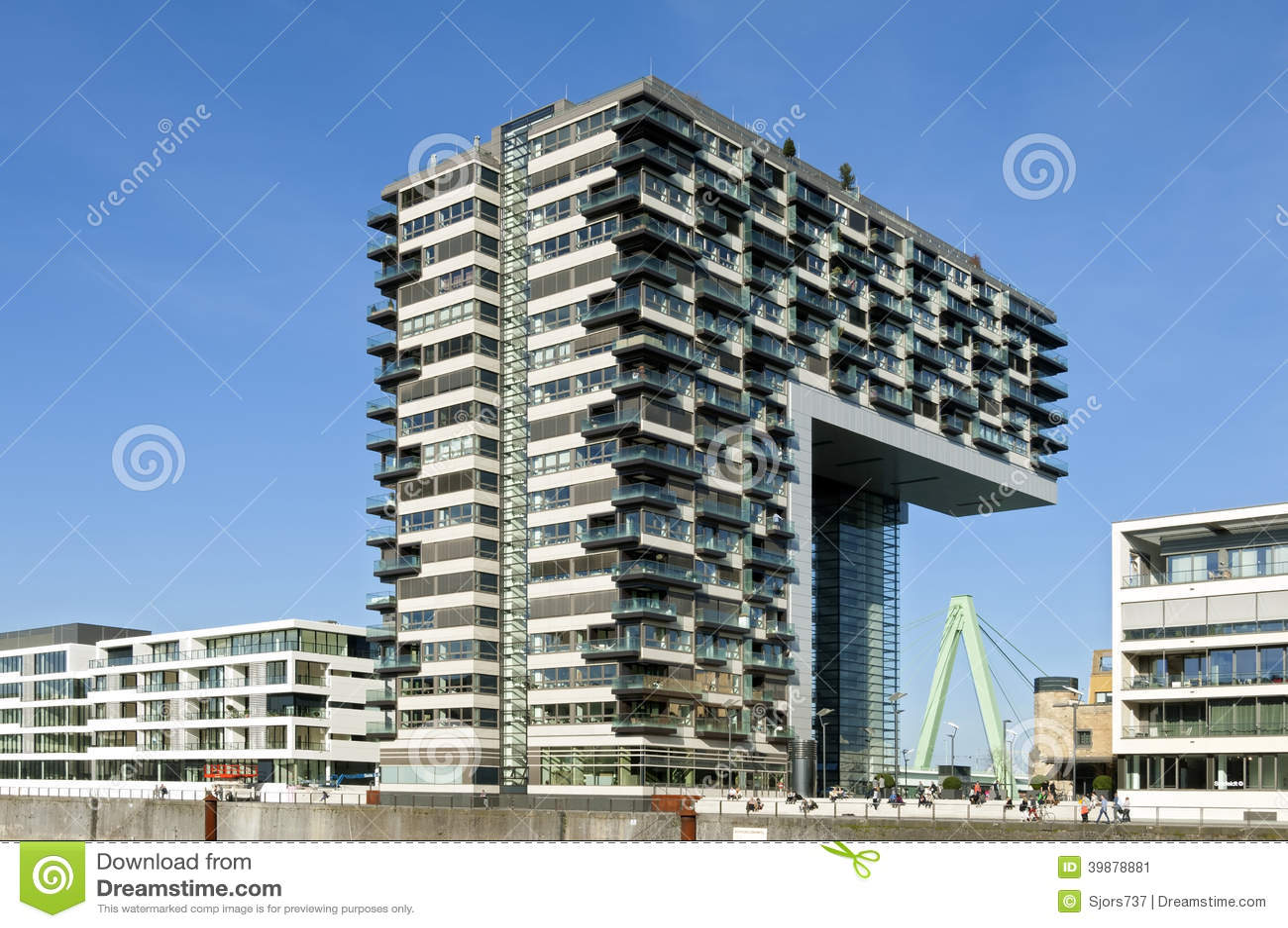 Architecture moderne horizon du rhin cologne photo for Architettura ville moderne
