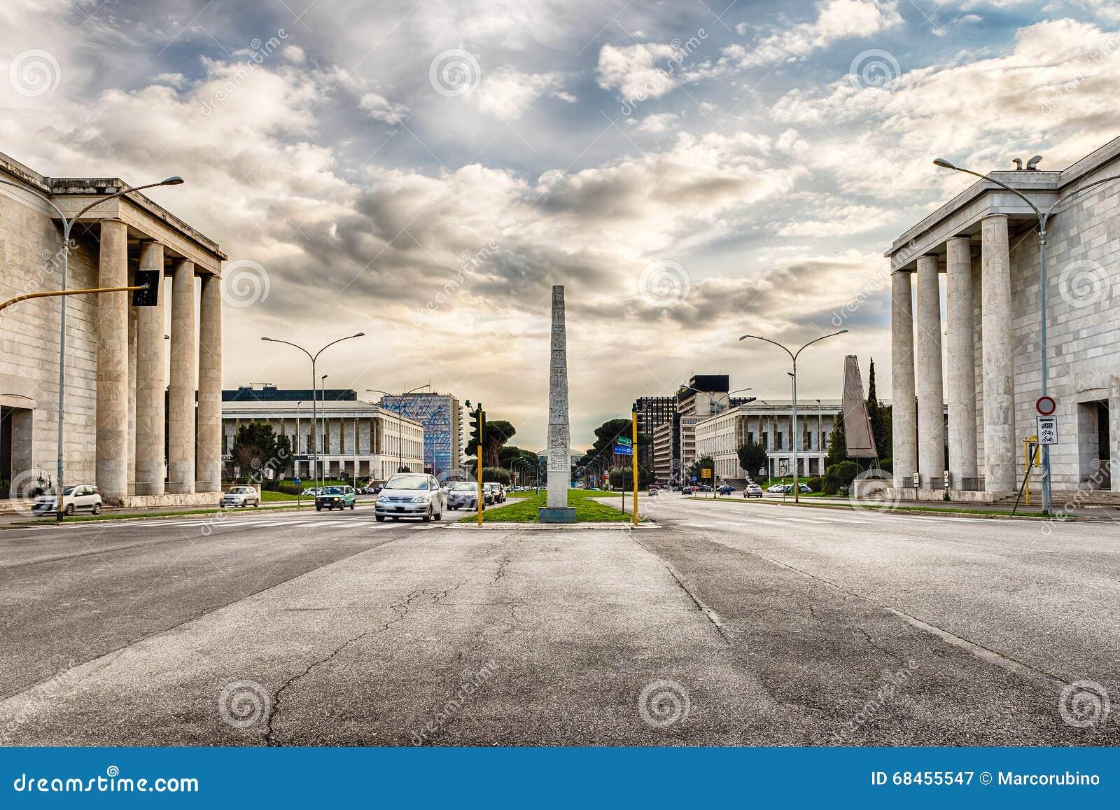 Architecture néoclassique dans le secteur d EUR, Rome, Italie