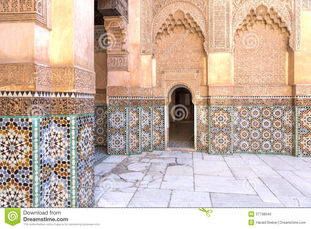 Architecture orientale maroc photo stock image 37738640 for Architecture orientale