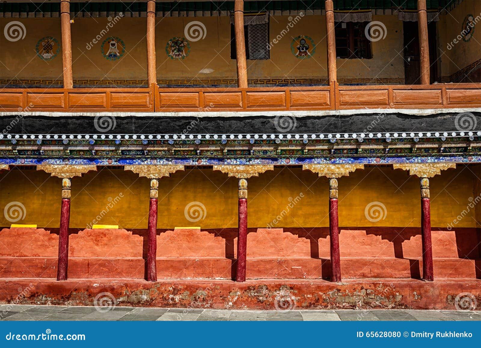 Architecture tibétaine dans le monastère de Thiksey