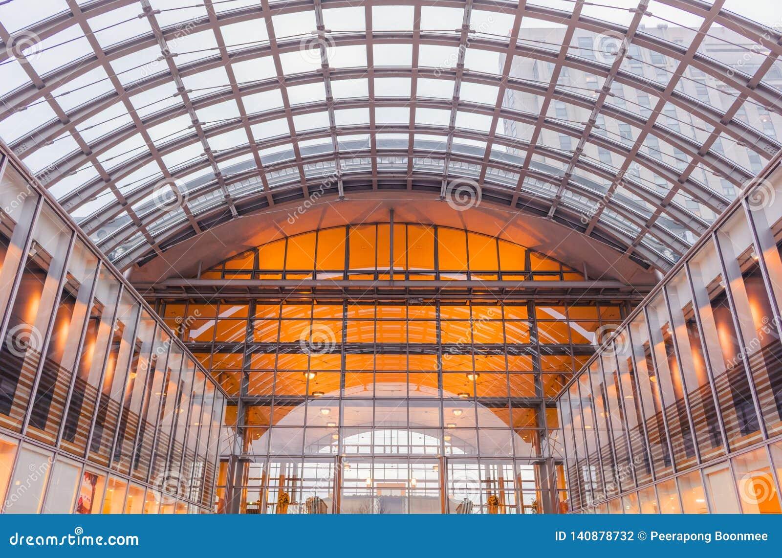 Architectuur van modern station