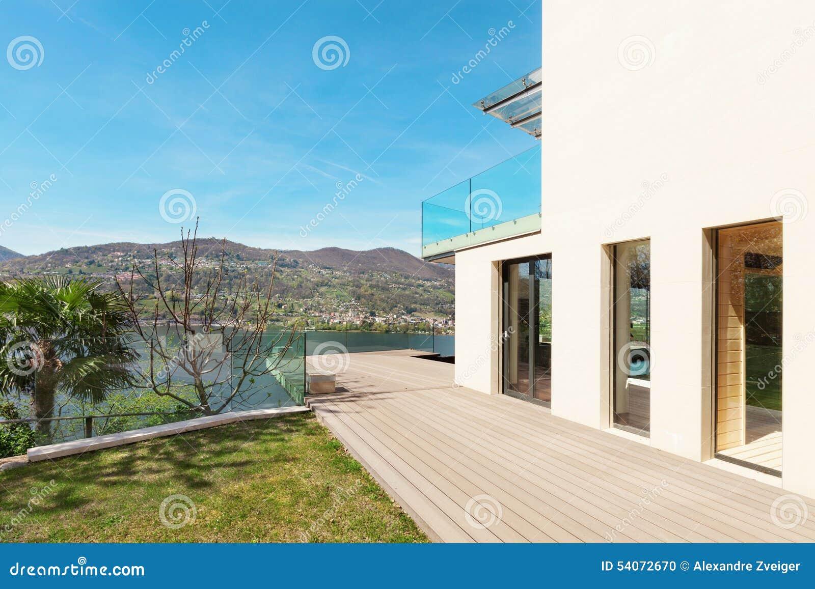 Architectuur wit huis openlucht stock foto afbeelding 54072670 - Foto modern huis ...