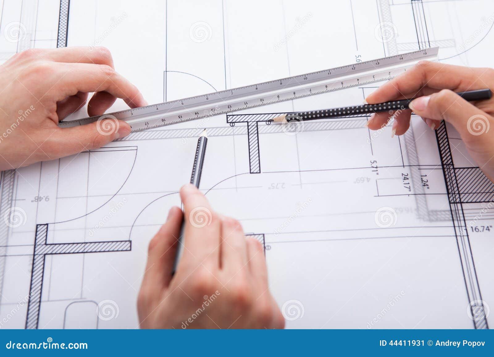 Was Machen Architekten architekten die plan machen stockbild bild lichtpause