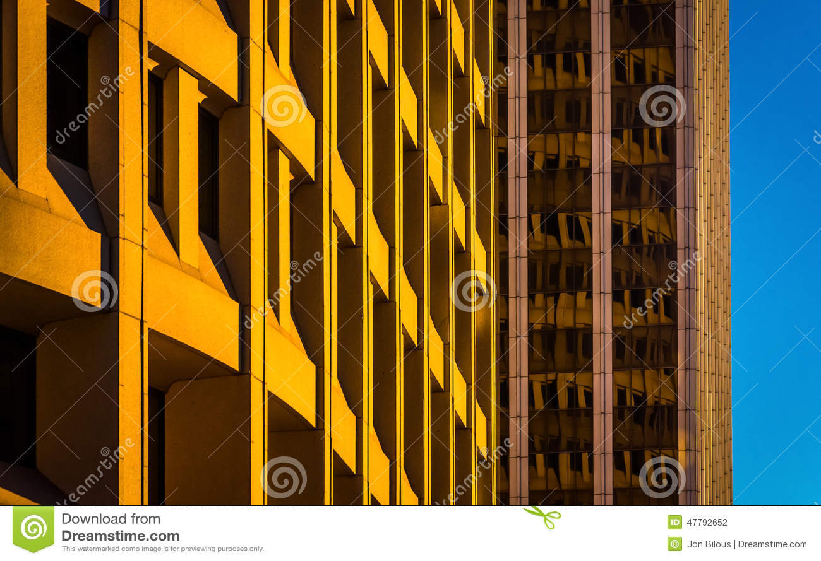 Architektoniczny abstrakt brać w w centrum Wilmington, Delaware
