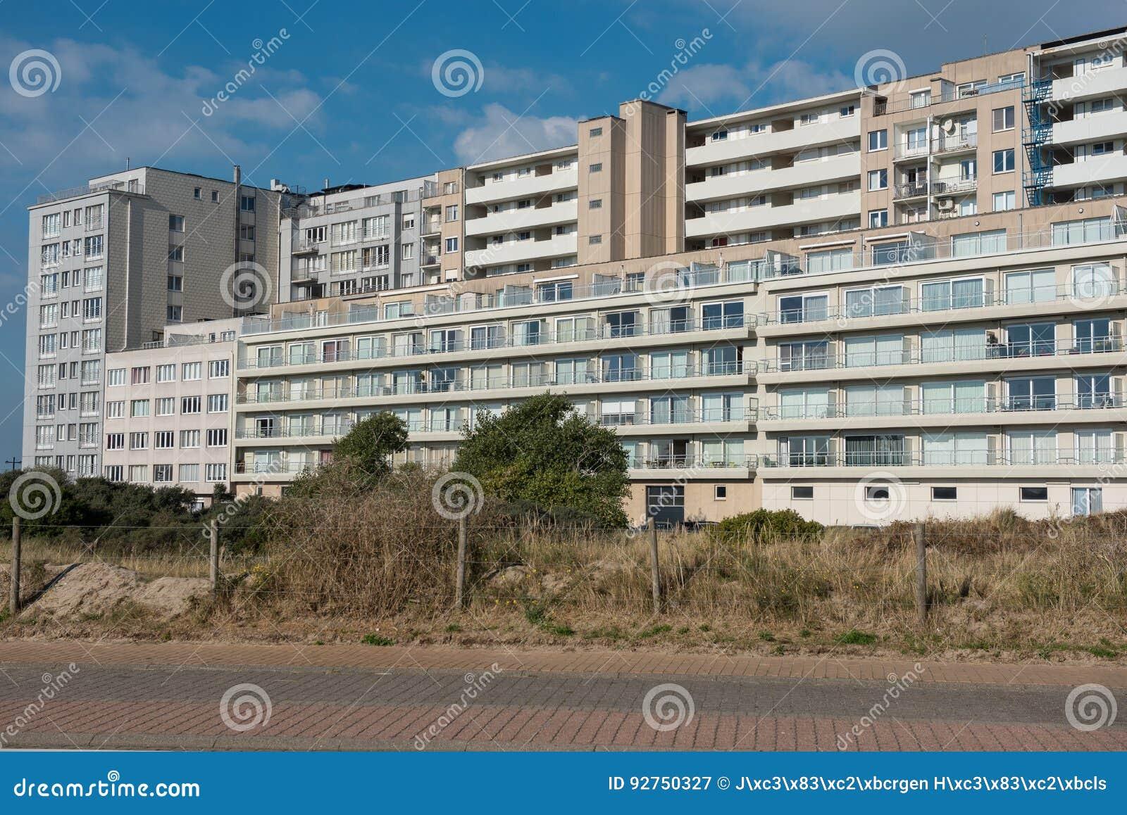 Architektur - Apartmenthäuser in Belgien, Flandern auf dem Nort