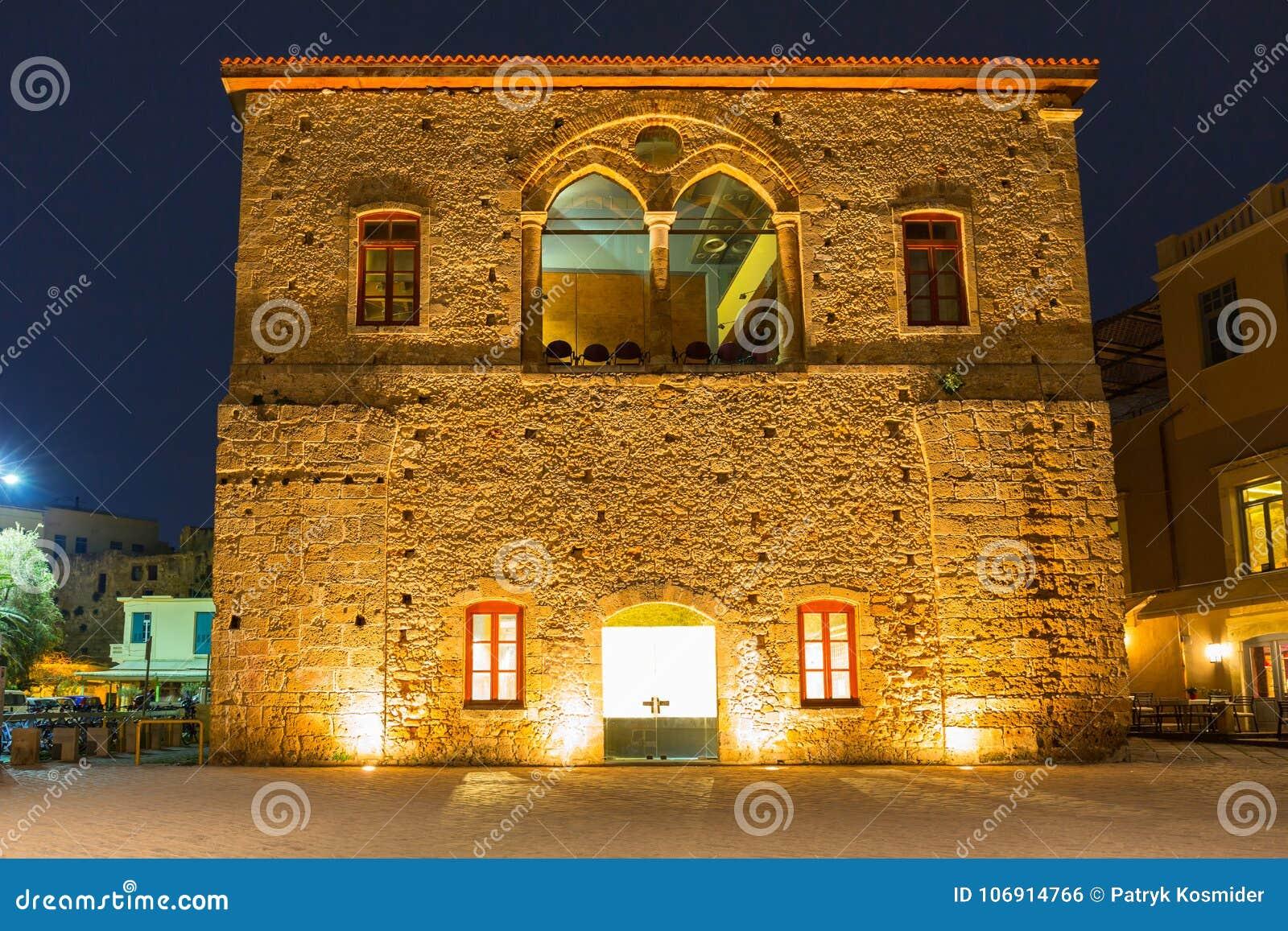 Architektura Stary Wenecki port w Chania przy nocą, Crete