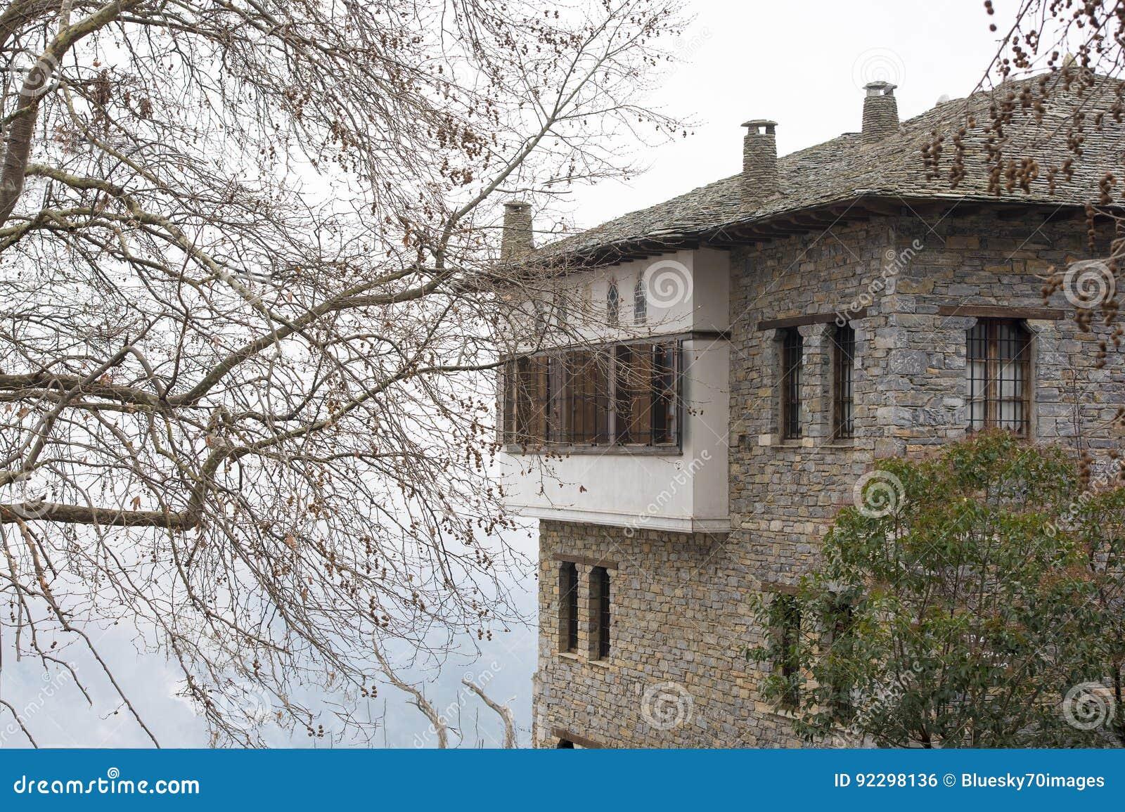 Case In Pietra Di Montagna : Architettura tipica delle case fatte da zona di montagna di pietra