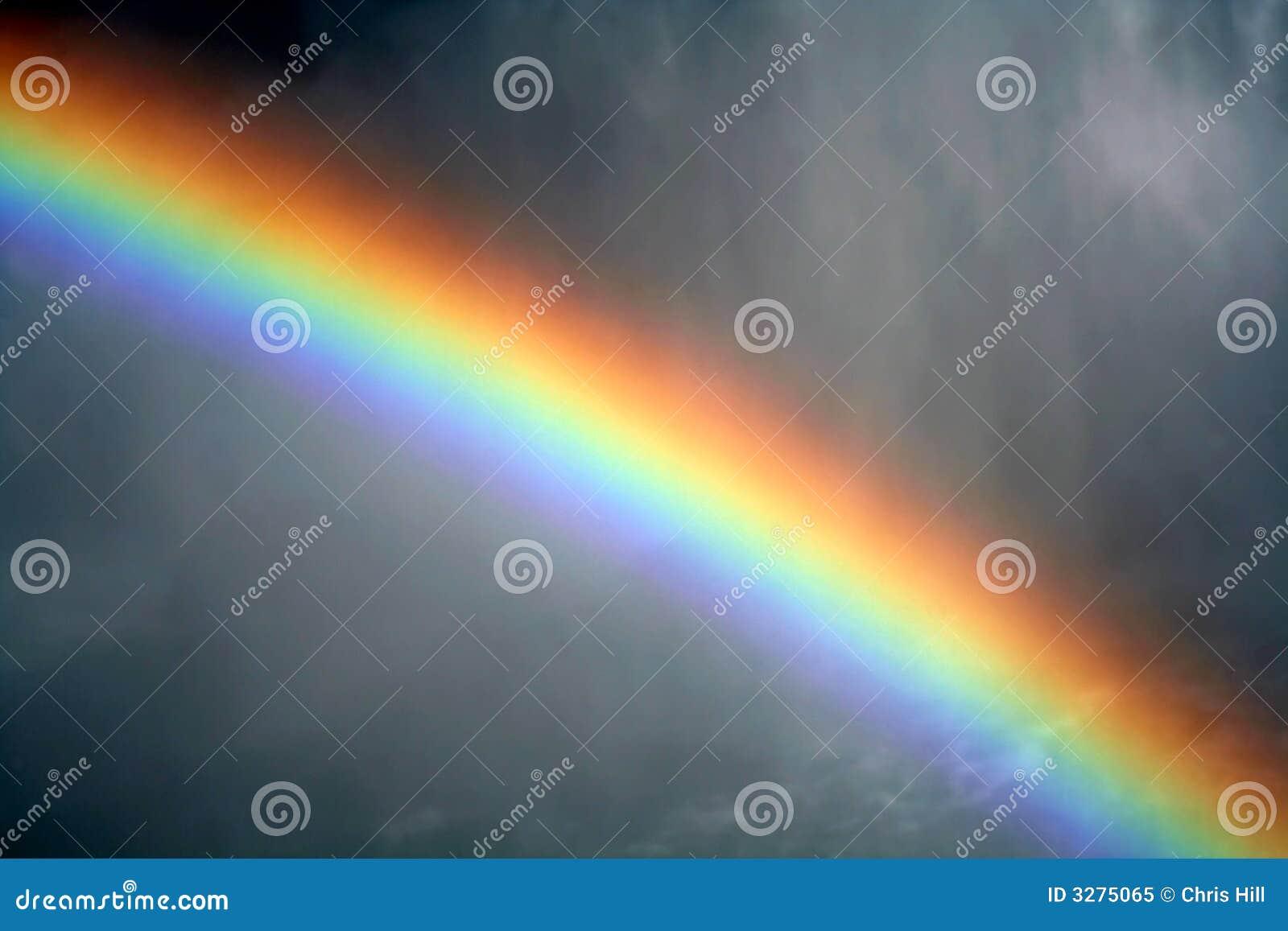 Arco-íris enevoado