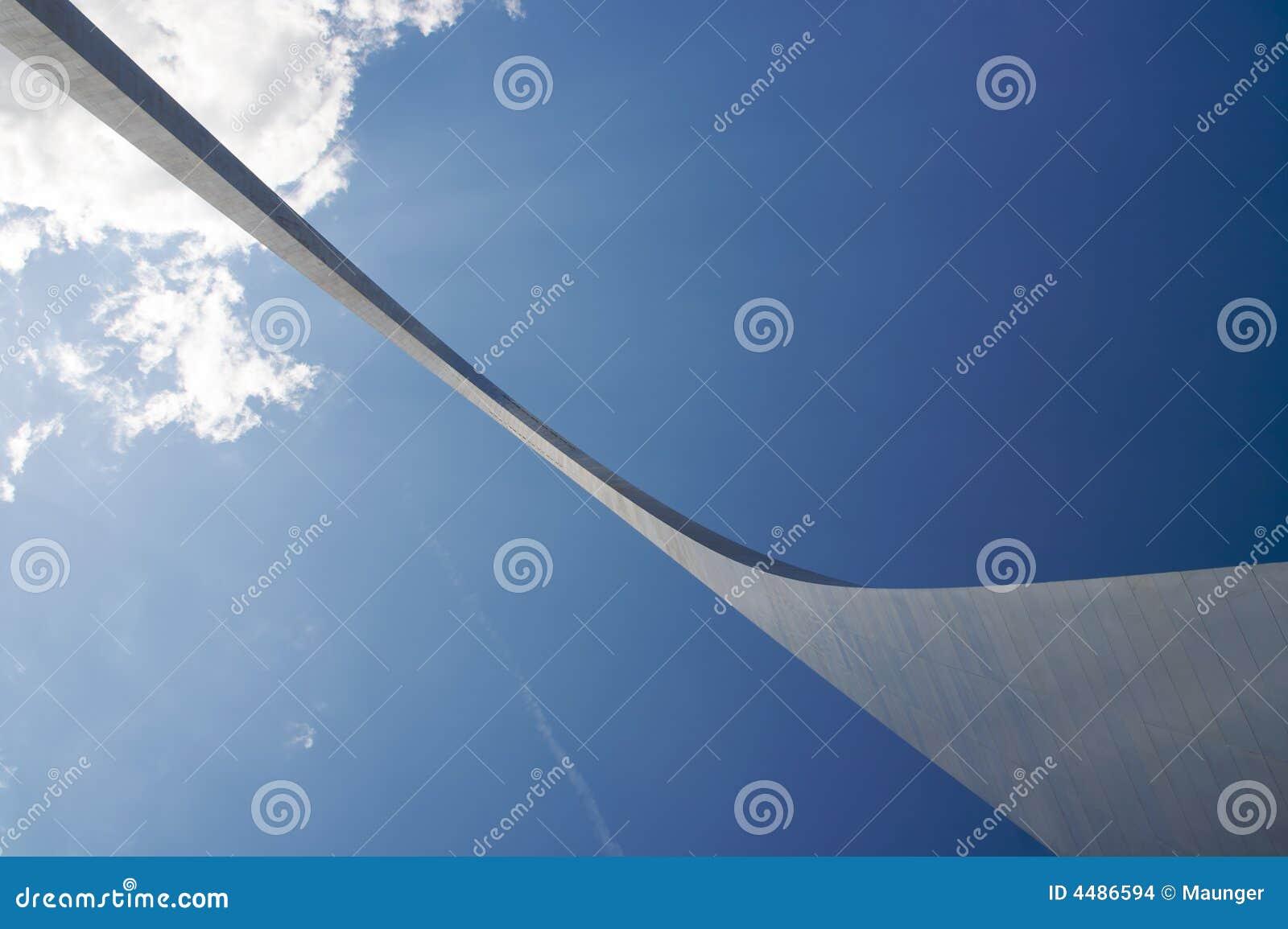 Arco abstracto de debajo