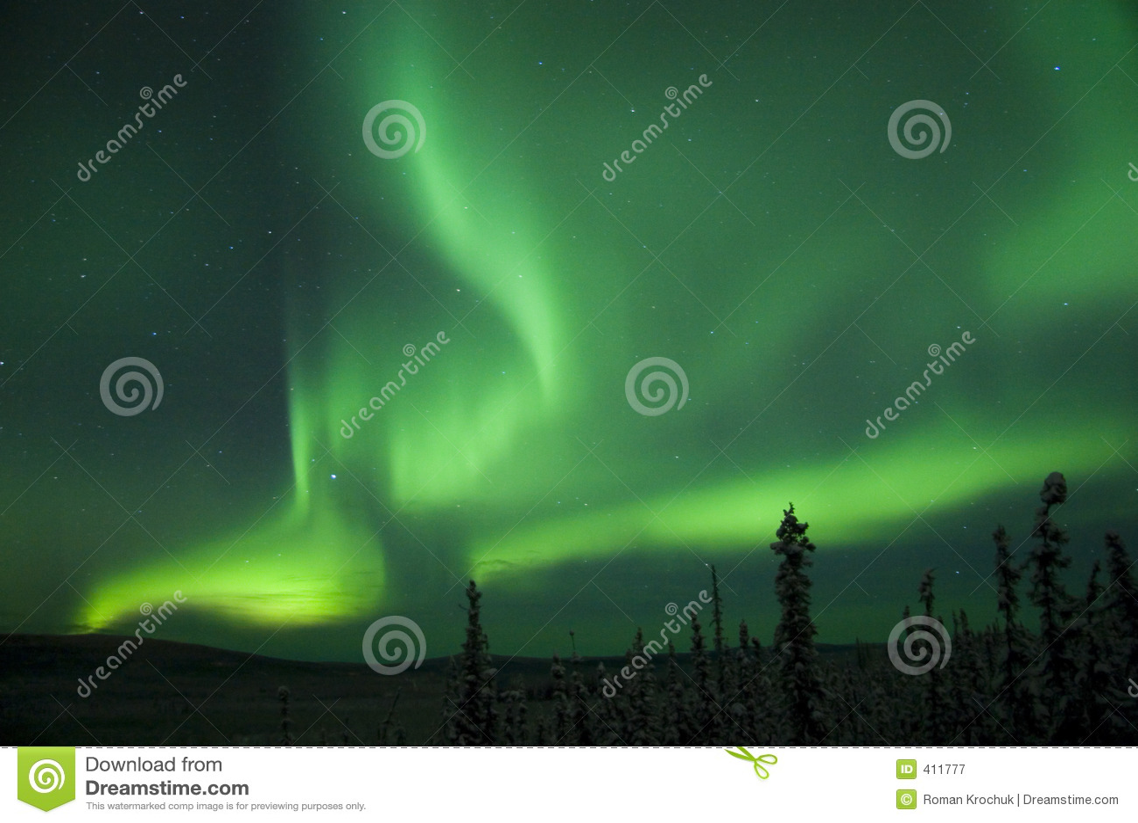 Arco activo de Borealis de la aurora que parte
