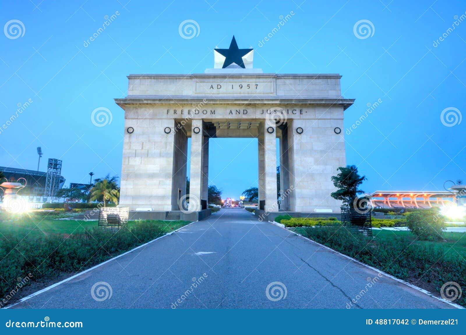 Arco da independência, Accra, Gana