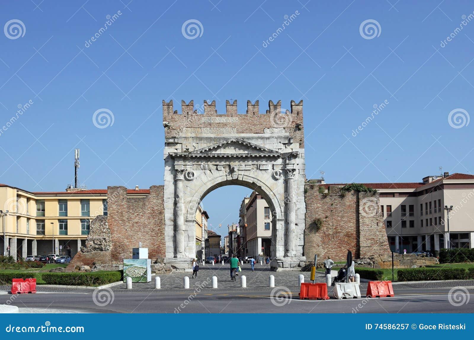 Arco di Augusto Римини