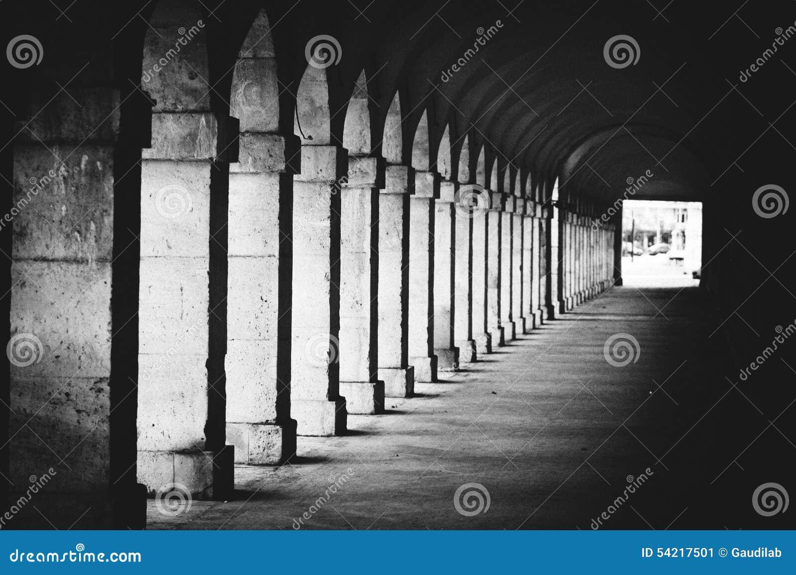 Arco do interior da arquitetura