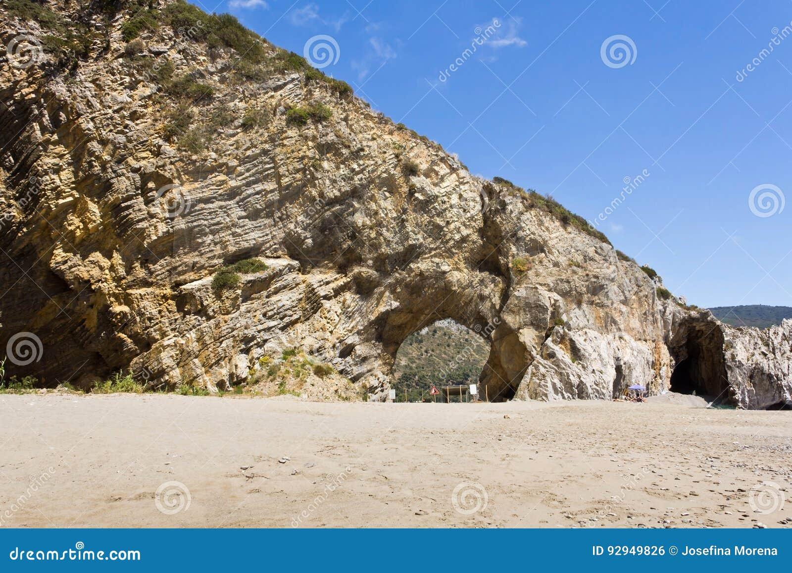 Arco naturale del ` s di Palinuro