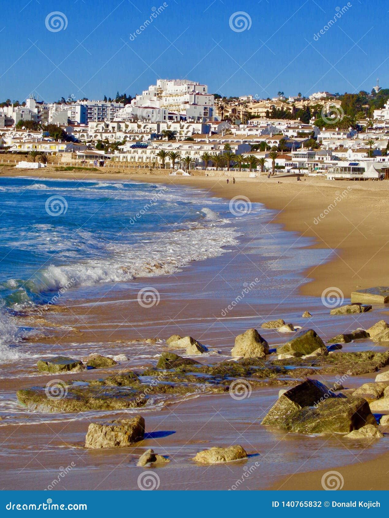 Area della spiaggia vicino a Luz, Portogallo