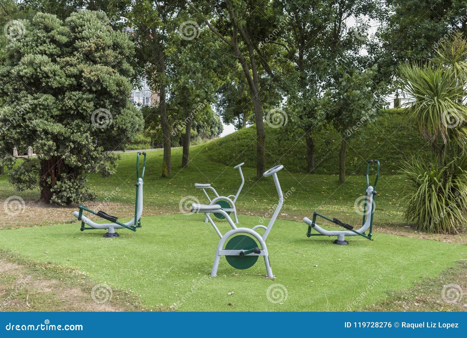 Area di forma fisica in un parco pubblico