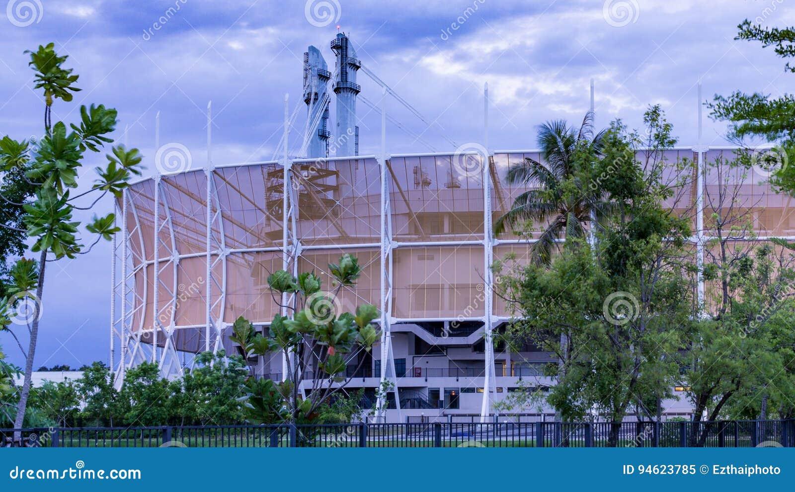 A arena de Banguecoque é uma arena ostentando interna, situada em Nong Chok