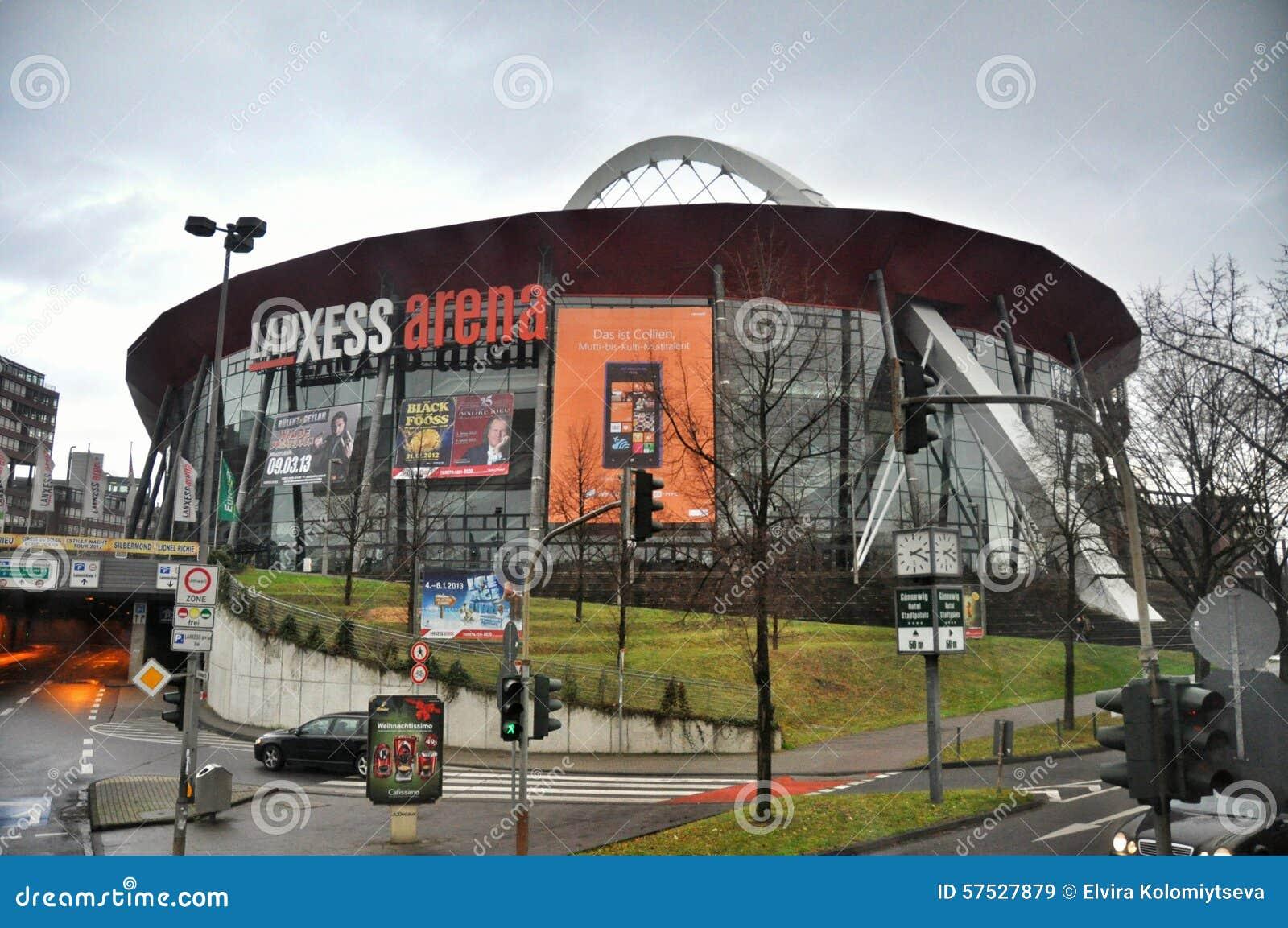 A arena de Lanxess na água de Colônia
