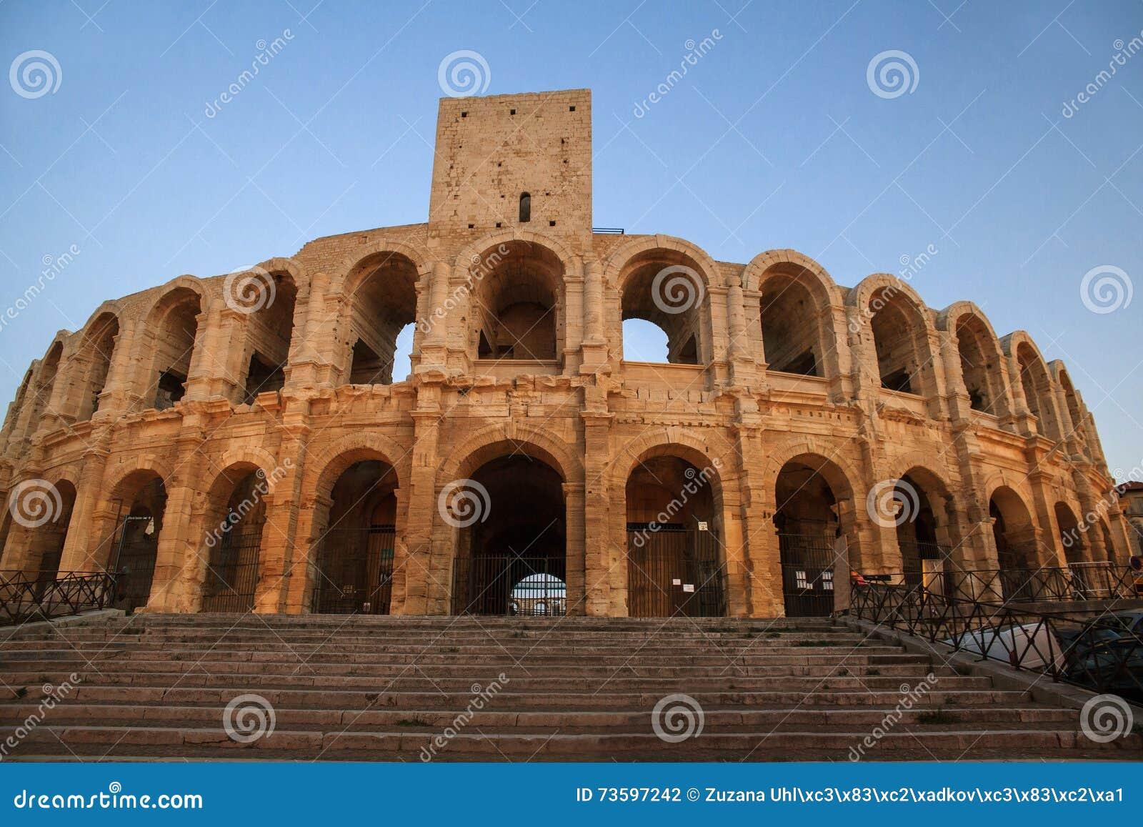 Arena e Roman Amphitheatre