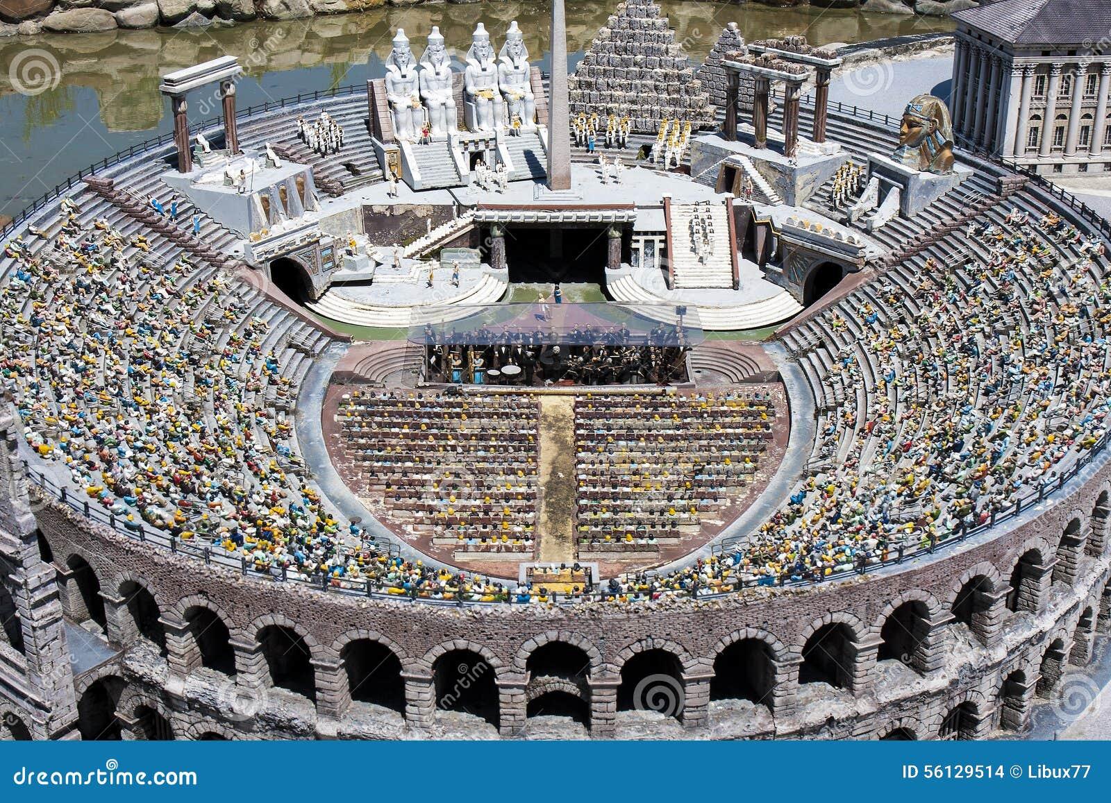Arena Verona People Opera Italy Mini minúscula