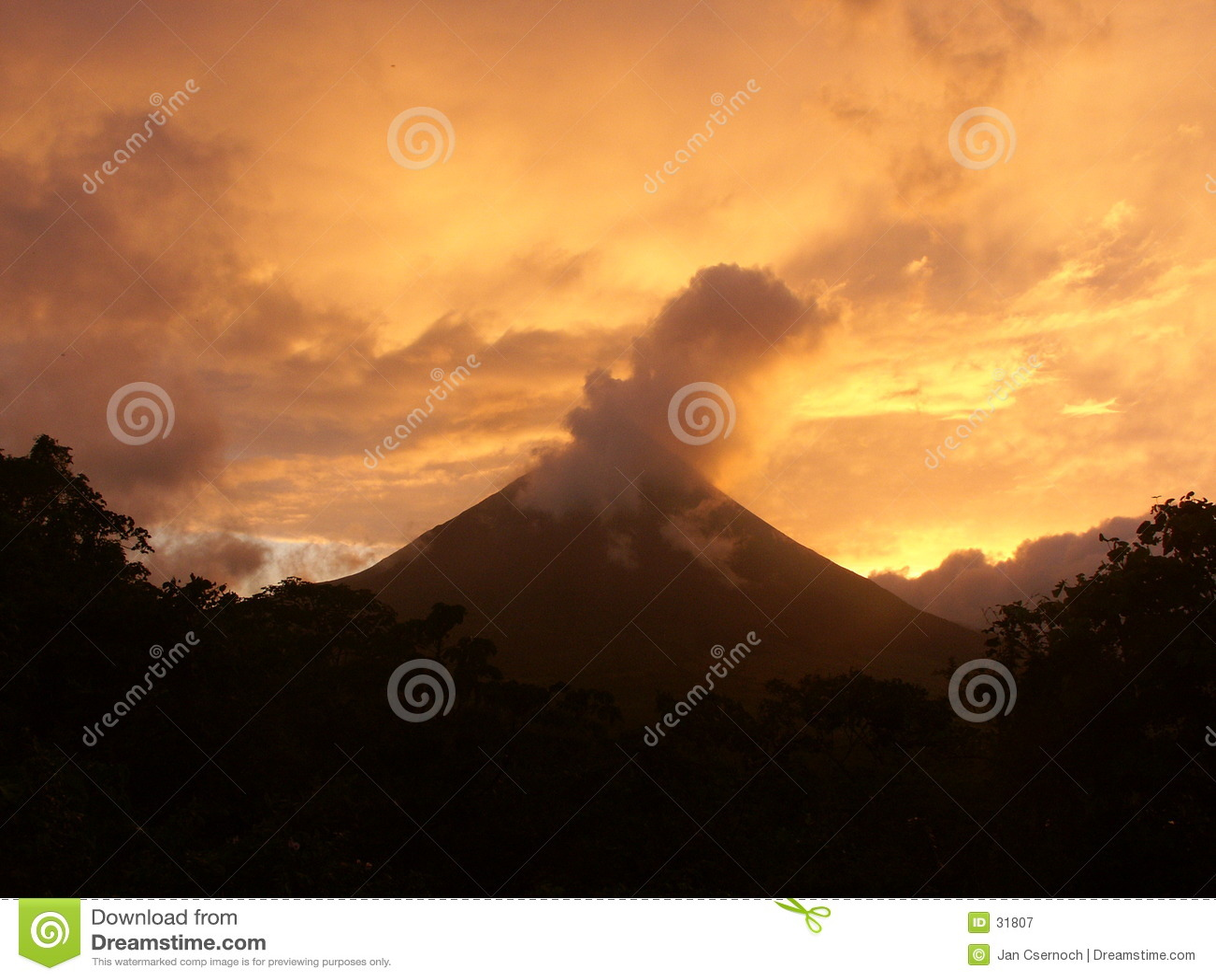 Arenal gryningvulkan