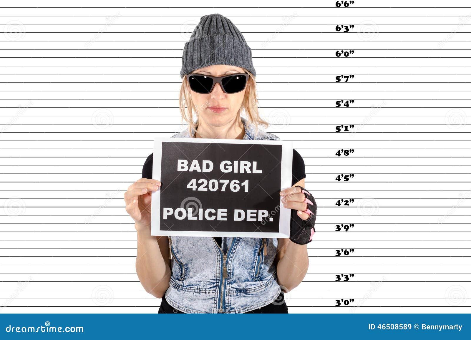 Aresztująca kobieta
