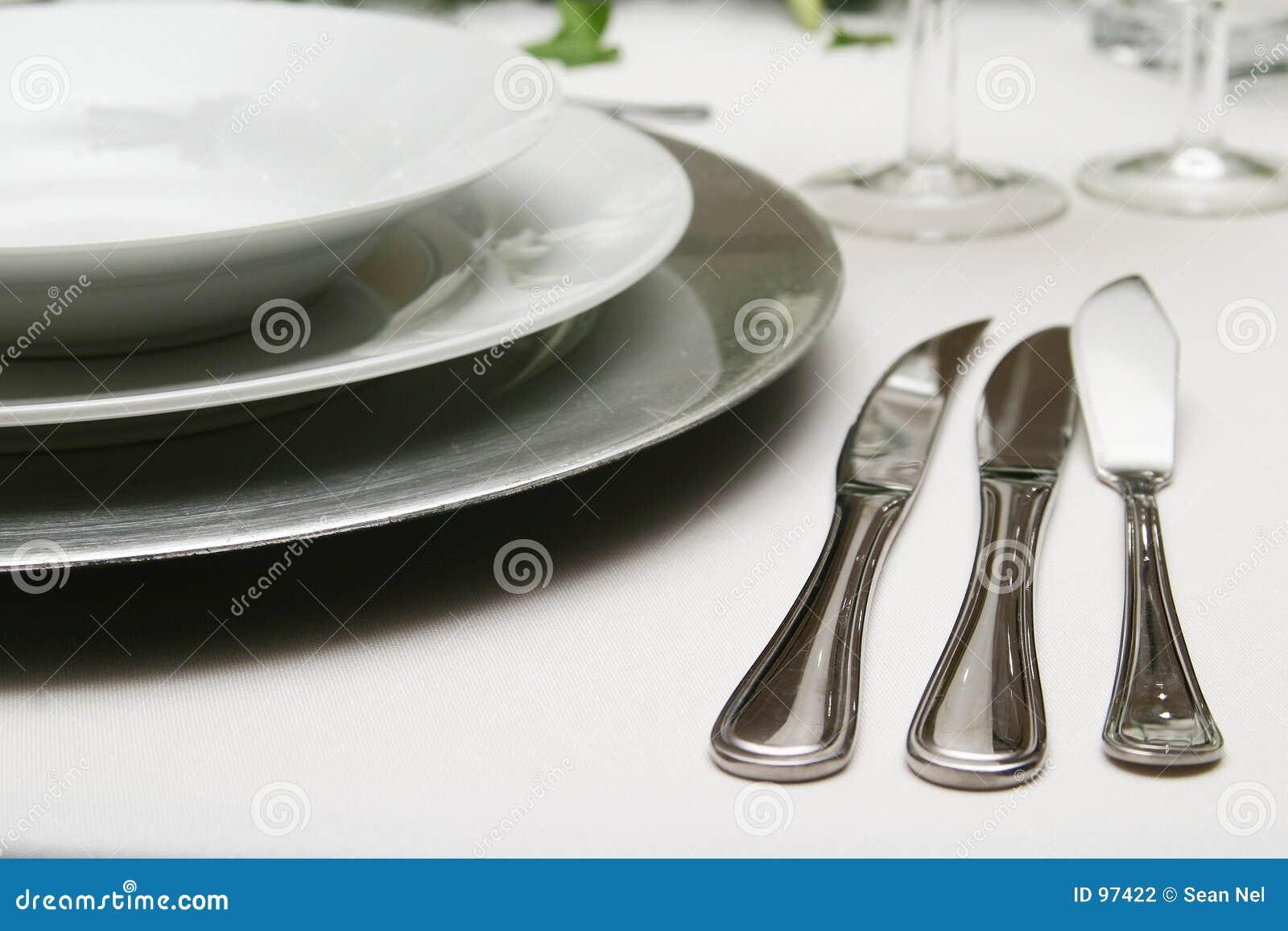 Argenterie et vaisselle